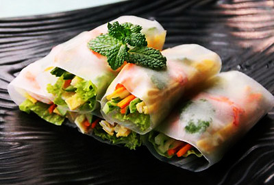 Spring roll machine